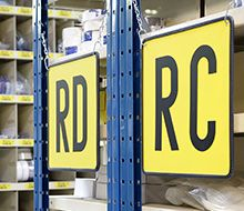 Étiquettes & panneaux
